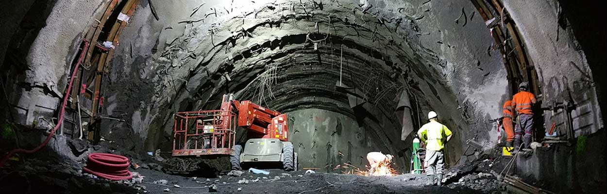 Monitoreo_geotcnico_estructural_y_topogrfico_tneles_-Ferrocarril_alta